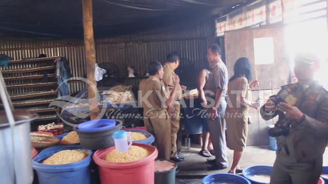 Astaga, Proses Pembuatan Tahu dilakuan Disamping Kandang Babi di Toraja