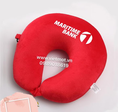 Chữ u thêu logo Techcombank