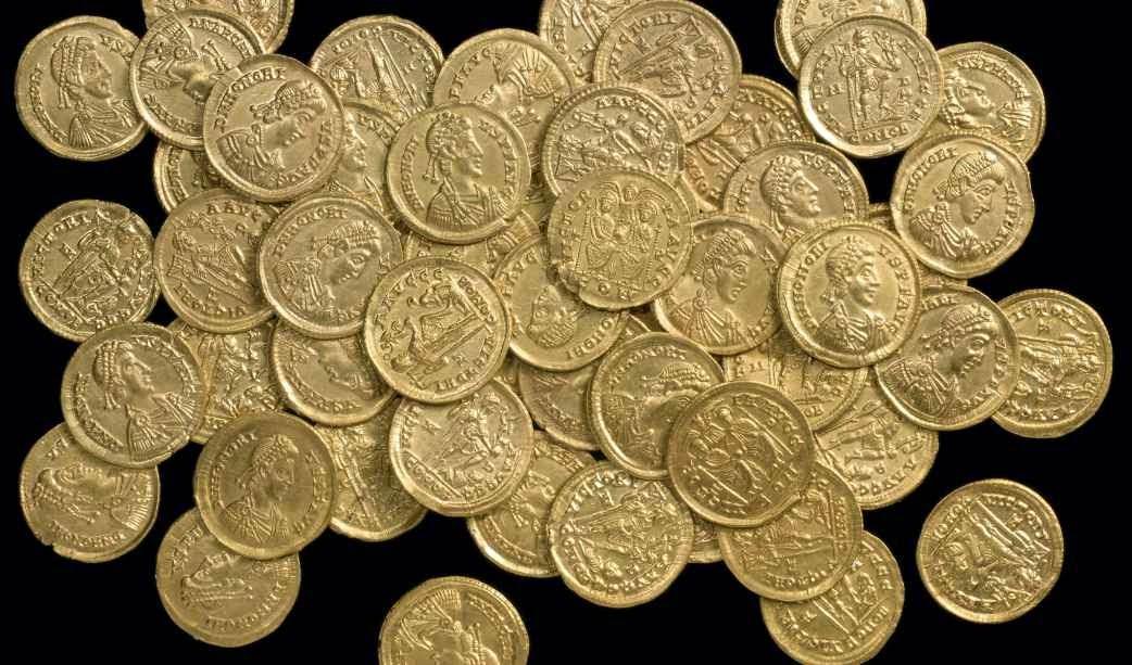 Tesoro de monedas de oro romanas