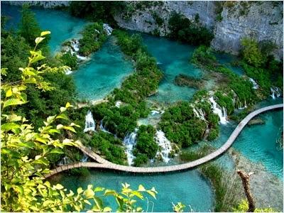น้ำตกพลิทวิเซ่ (Plitvice Waterfall)