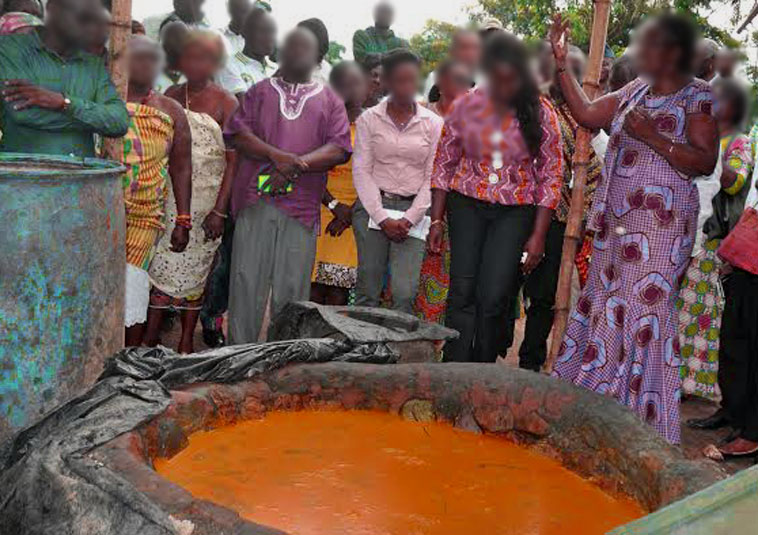 Ghana 2nd Lady supports palm oil producers in Ankwandi