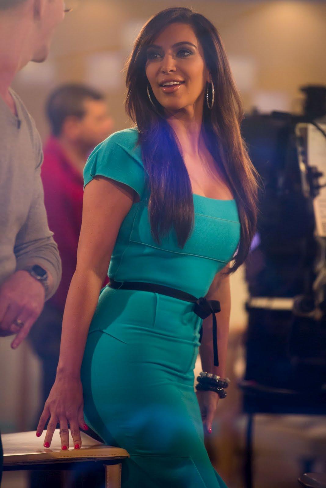 Sue's Private Celebrity Goss: Kim Kardashian Interview at ...
