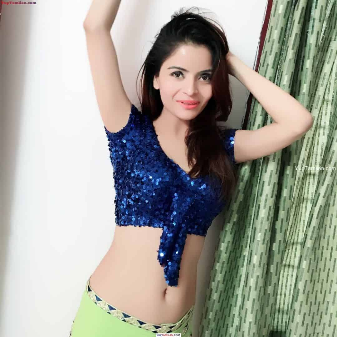 Gehana Vasisth Hot Navel show