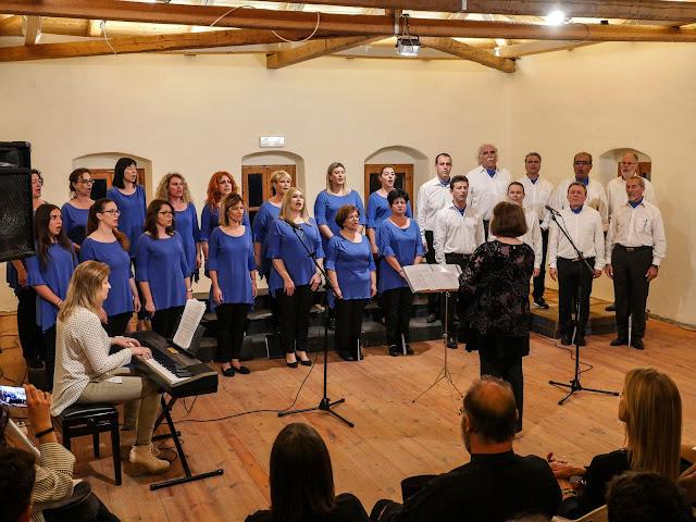 Η μικτή χορωδία Πάργας αρχίζει ξανά τις πρόβες και αναζητά νέα μέλη,γυναίκες και άντρες,με σκοπό να συμμετέχουν σε αυτή.