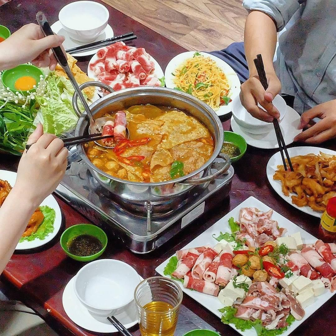 Lẩu Việt Tộp rất ngon và đạm đà