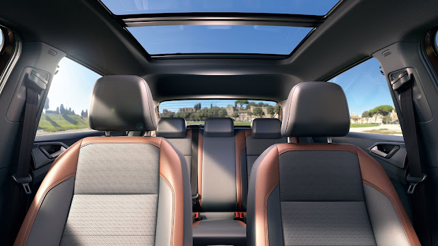 VW T-Cross 200 TSI - pacote Sky View II traz o teto solar panorâmico