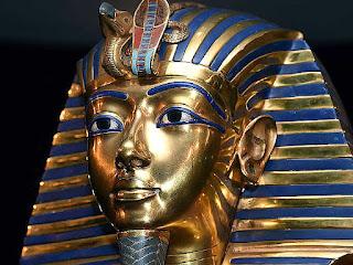 Tutankamon, gold and lapis lazuli