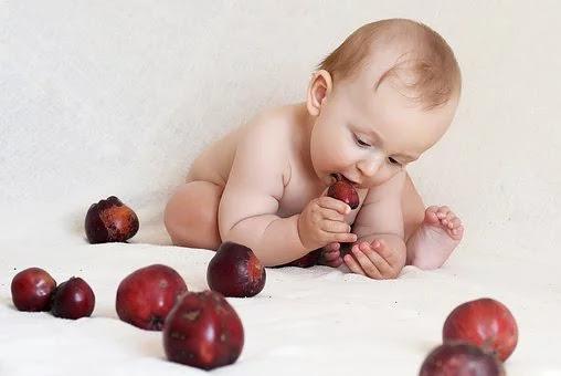 تغذية الطفل فى السنة الأولى