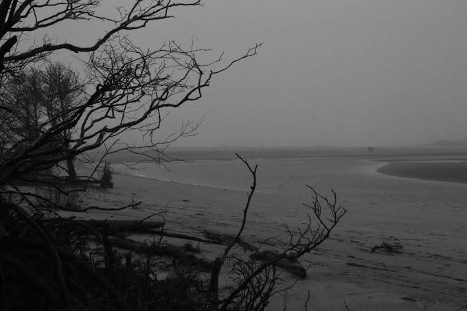 Rumah sewa berhantu di tepi pantai...