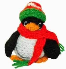 http://www.tejiendoperu.com/navidad/ping%C3%BCino-a-crochet-amigurumi/