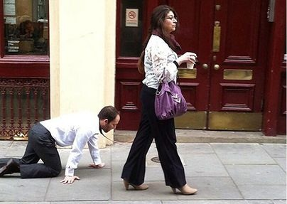 Husband, wife tied around his neck, photos and videos went viral on social media Funny Jokes