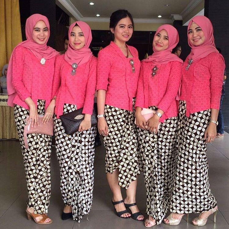 Top 10 Punto Medio Noticias Model Baju Kebaya Batik Kombinasi Polos