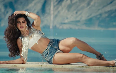 Hitest-Heroin-Jacqueline-Fernandez-Glamorous-Still-Andhra-Talkies