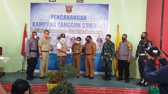 Walikota Samarinda H. Syahrie Jaang, SH, M.Si Hadiri Pencanangan Kampung Tangguh Covid-19 Kelurahan Karang Anyar