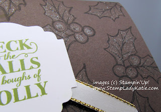 Holiday Card featuring Stampin'Up!'s Christmas Gleaming stamp set with Wink of Stella Glitter Brush on the Holly Leaves