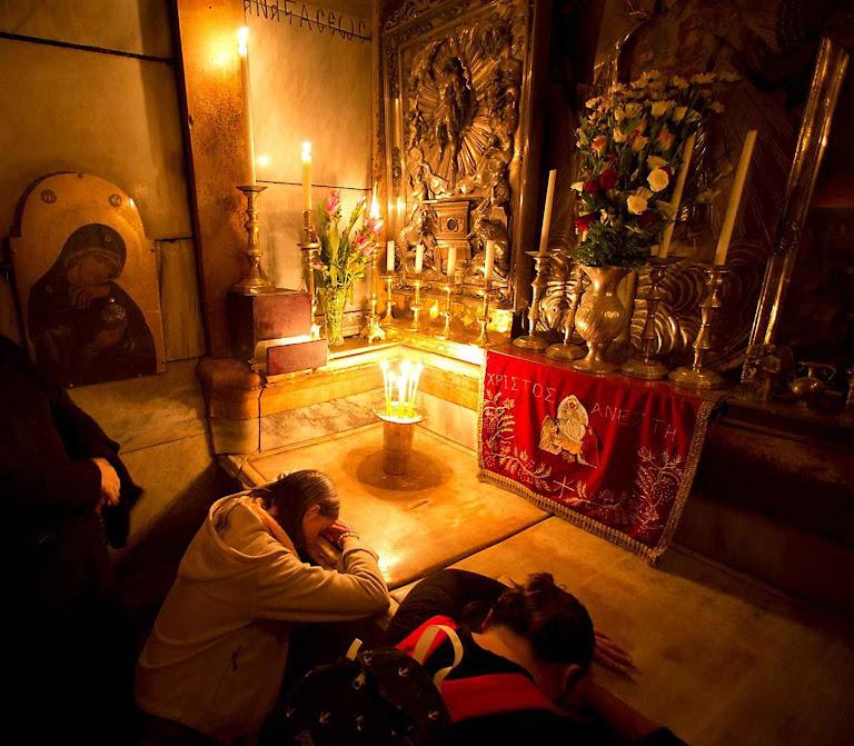O Santo Sepulcro logo antes dos trabalhos de restauração.