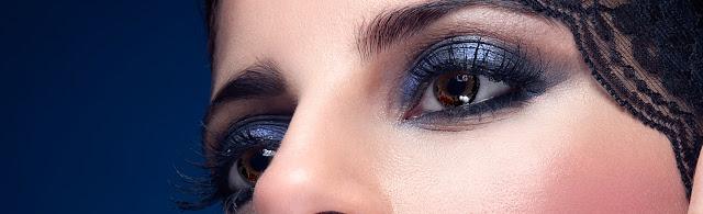 sombreado de ojos marrón anaranjado