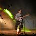 [AO VIVO] Envolto em mantas, Filipe Sambado deu música no Crato