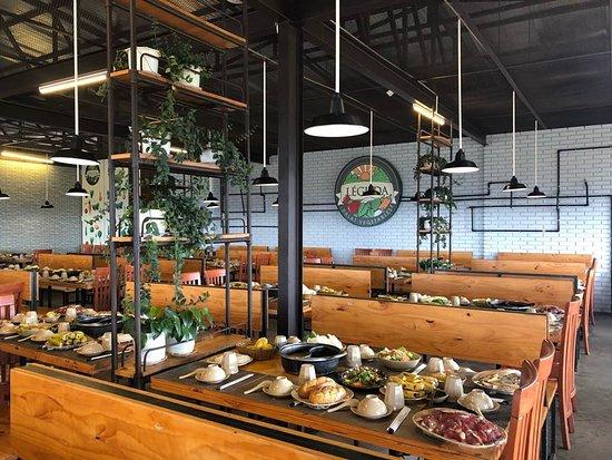Quán ăn buffet rau Đà Lạt Léguda
