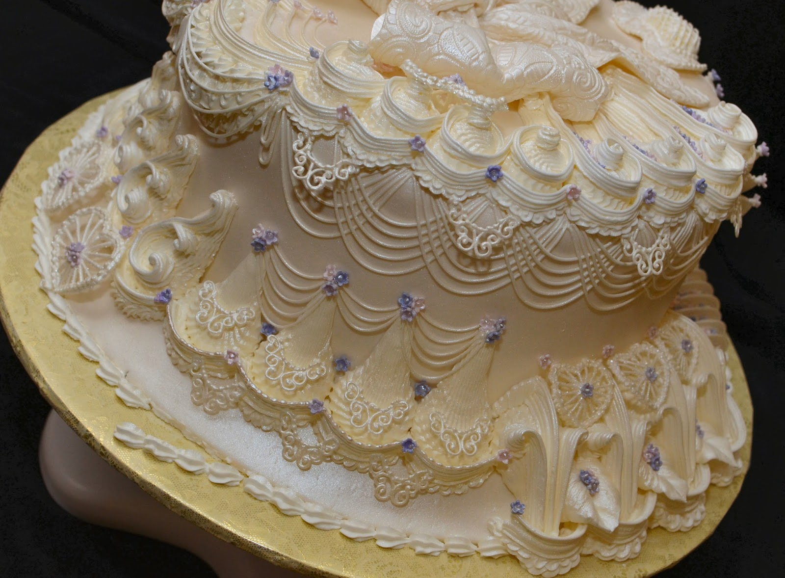 How Long Does A Covered Cake With Royal Icing