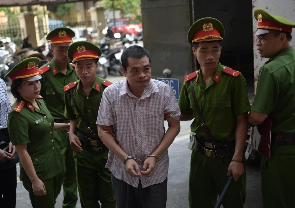 Toà tuyên 20 năm tù đối với 5 bị cáo vụ gian lận thi cử ở Hà Giang