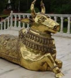 প্রাচীন মন্দির থেকে মাঝরাতে নন্দী হরণ