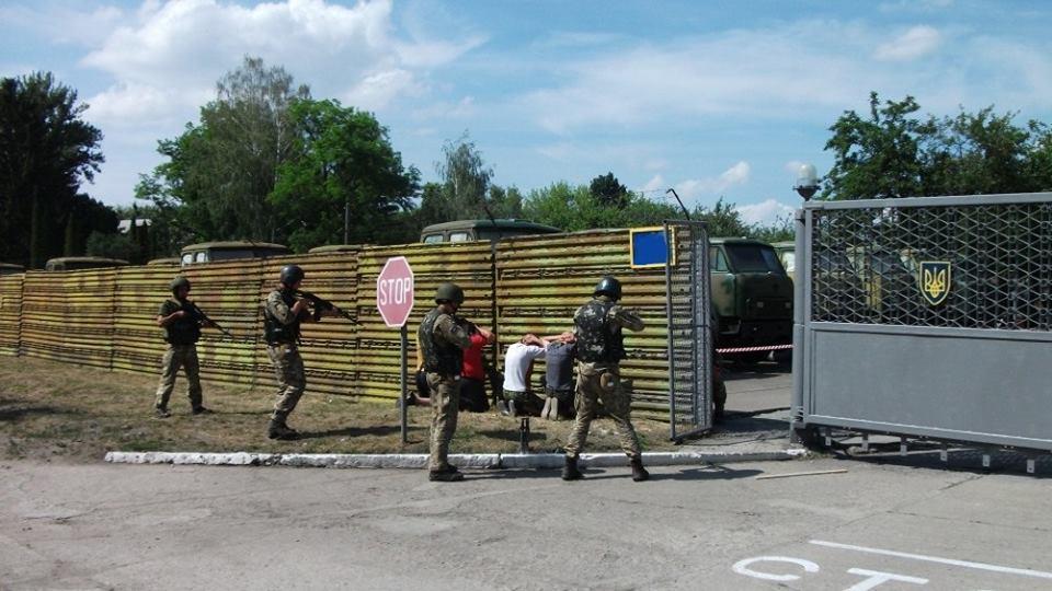ЗСУ збудують 136 нових залізобетонних сховищ для боєприпасів – перші 15 вже почали