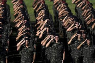 Homens transexuais deverão fazer alistamento nas Forças Armadas