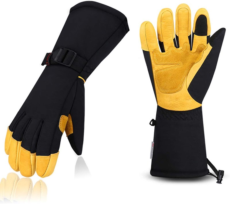 Touch-Screen Ski Gloves: 59% OFF
