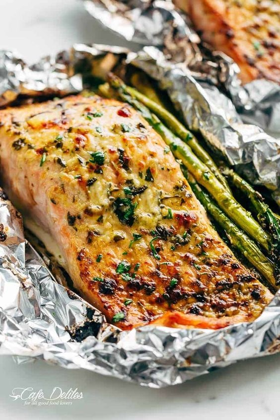 Lemon Parmesan Salmon & Asparagus Foil Packs