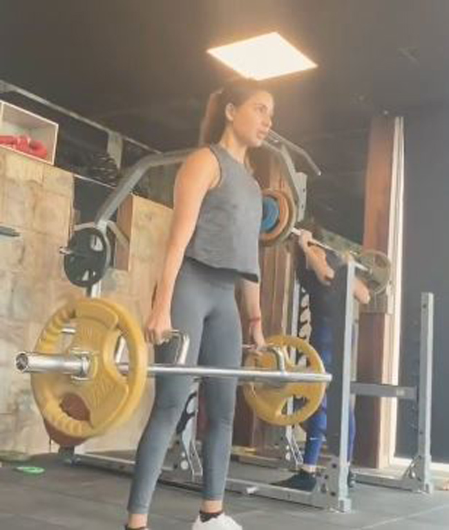Fitness Beauty: Actress Sweating It calls at The Gym