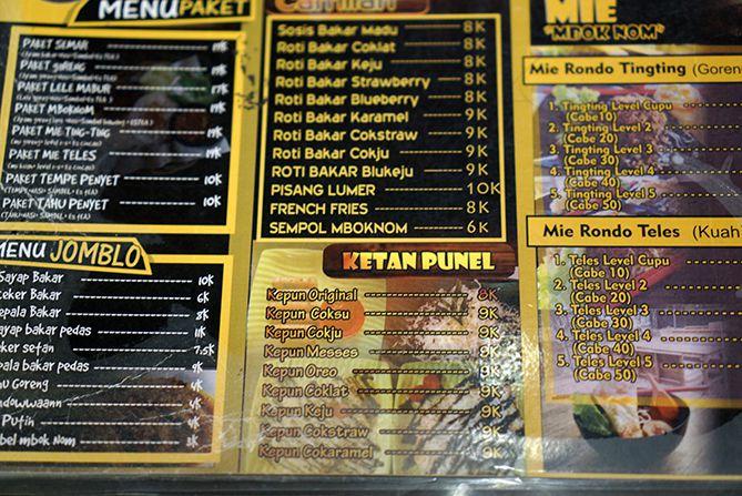 Daftar harga dan menu di Angkringan Mbok Nom Rembang