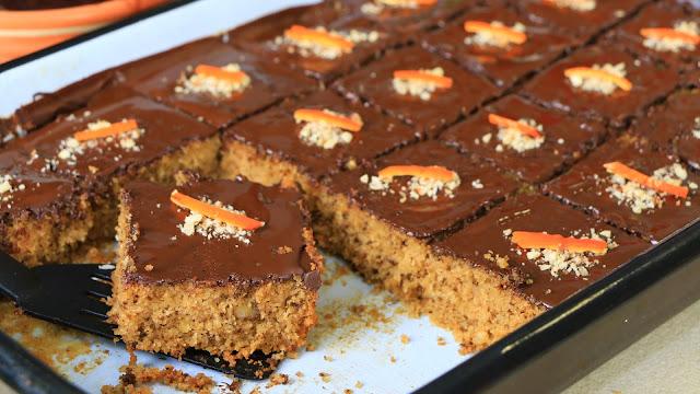kolač-sa-džemom-grizom-čokoladom