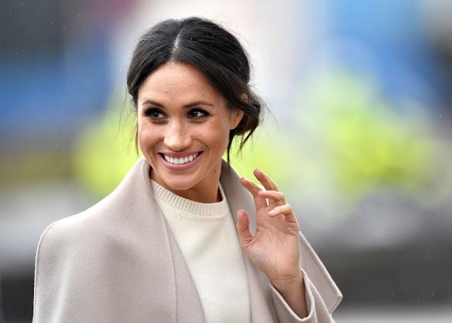 Meghan_Markle-Meghan_Markle_fashion-prince_harry-catherine_middleton-great-britain-x_factor-england-big_ben-london-london_tower-manchester-australia-scotland-wales-celebrities_fashion-fashion