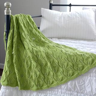 cozy birdhouse | leafy baby blanket