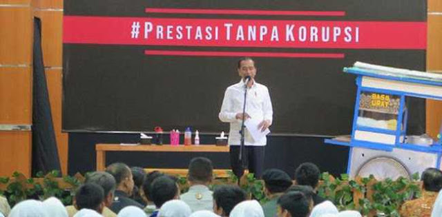 Jokowi Wacanakan Hukuman Mati Untuk Koruptor, Tapi Annas Dikasih Grasi