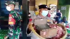 Warung Sate di Kudus Ditutup Paksa oleh Polisi, Netizen: Jangan Digotong Juga Satenya!