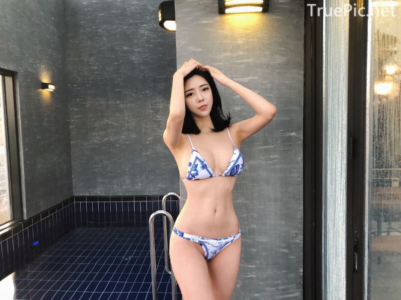 Choi Somi - Blue White Bikini - Korean model and fashion - Picture 4