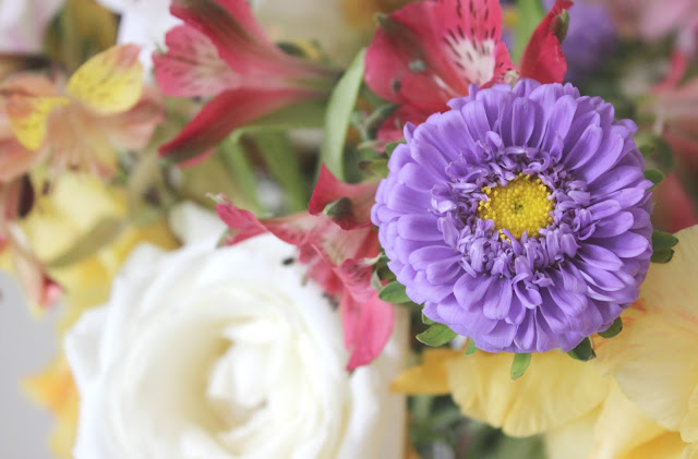 Beards & Daisies The Letterbox Florist Review