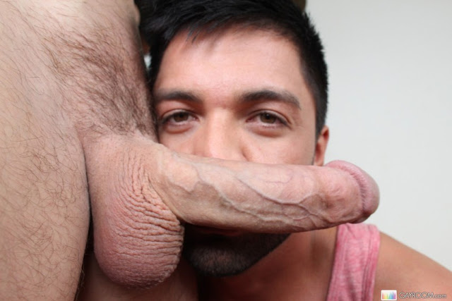 LATINO LOVER DROOLS OVER GIANT COCK - Kris Anderson & Dominic Pacifico