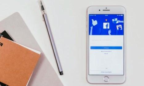 How to Lock Facebook Profile using iPhone