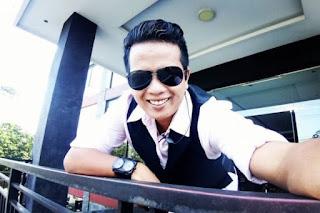 Lirik Lagu Minang Ratok Buaian - Ipank
