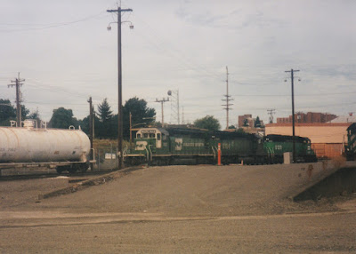 Burlington Northern SD40-2 #7812 in Vancouver, Washingon, on July 13, 1997