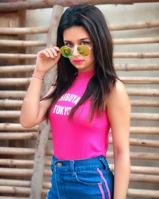 Avneet Kaur Images 33