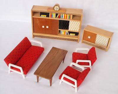 diepuppenstubensammlerin wohndesign der sechziger und. Black Bedroom Furniture Sets. Home Design Ideas
