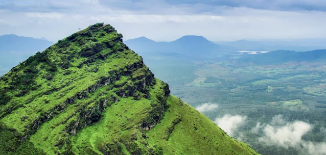 Chikmagalur Tour Guide, Chikmagalur Travel Guide, Chikmagalur Sightseeing.