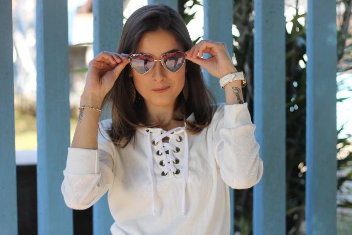 Look all white - Ally Arruda