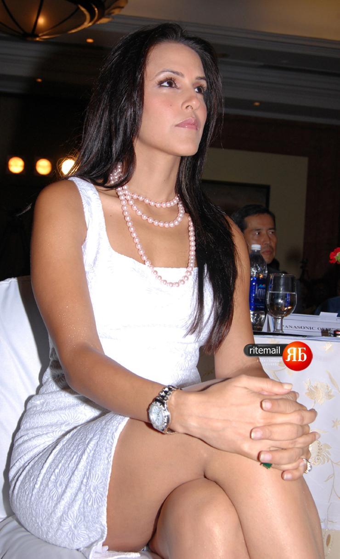 www neha dhupia hot photos
