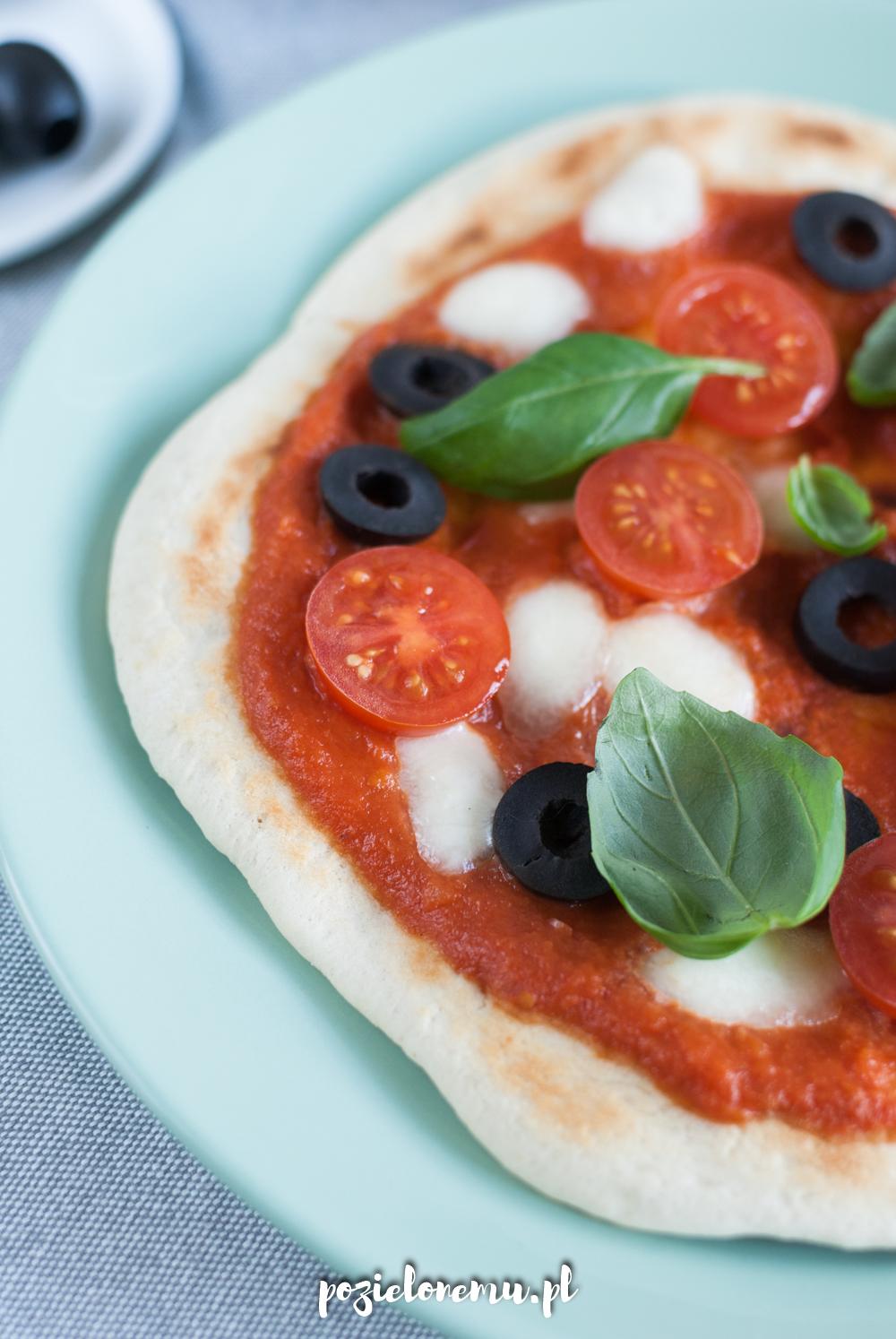 Pizza z patelni (bez drożdży)