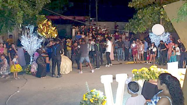ÚLTIMA HORA. Toda una familia de una quinceañera mueren de COVID después de una enorme fiesta